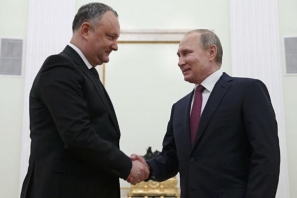Легализация граждан Молдовы в России продлена.